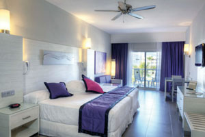 Riu Palace Bavaro Hotel - Villa Jr. Suite (ADULTS ONLY) with swimming pool view